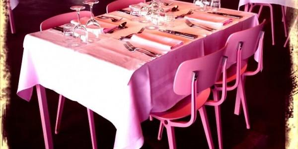 restaurant_citroen_roze_tafel