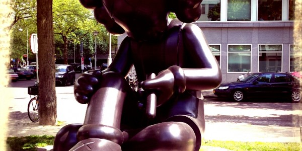 ArtZuid_2015_Kaws_Better_Knowing