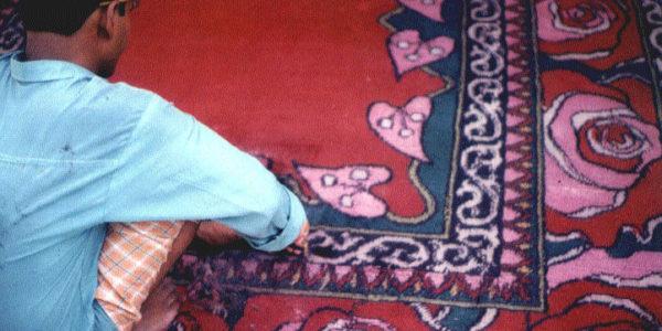 rosalisa_carpets_heartbeat_making