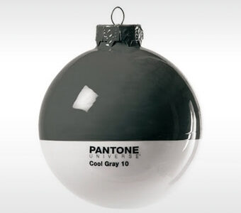 xmas_design_kerstbal_pantone-_cool_grey